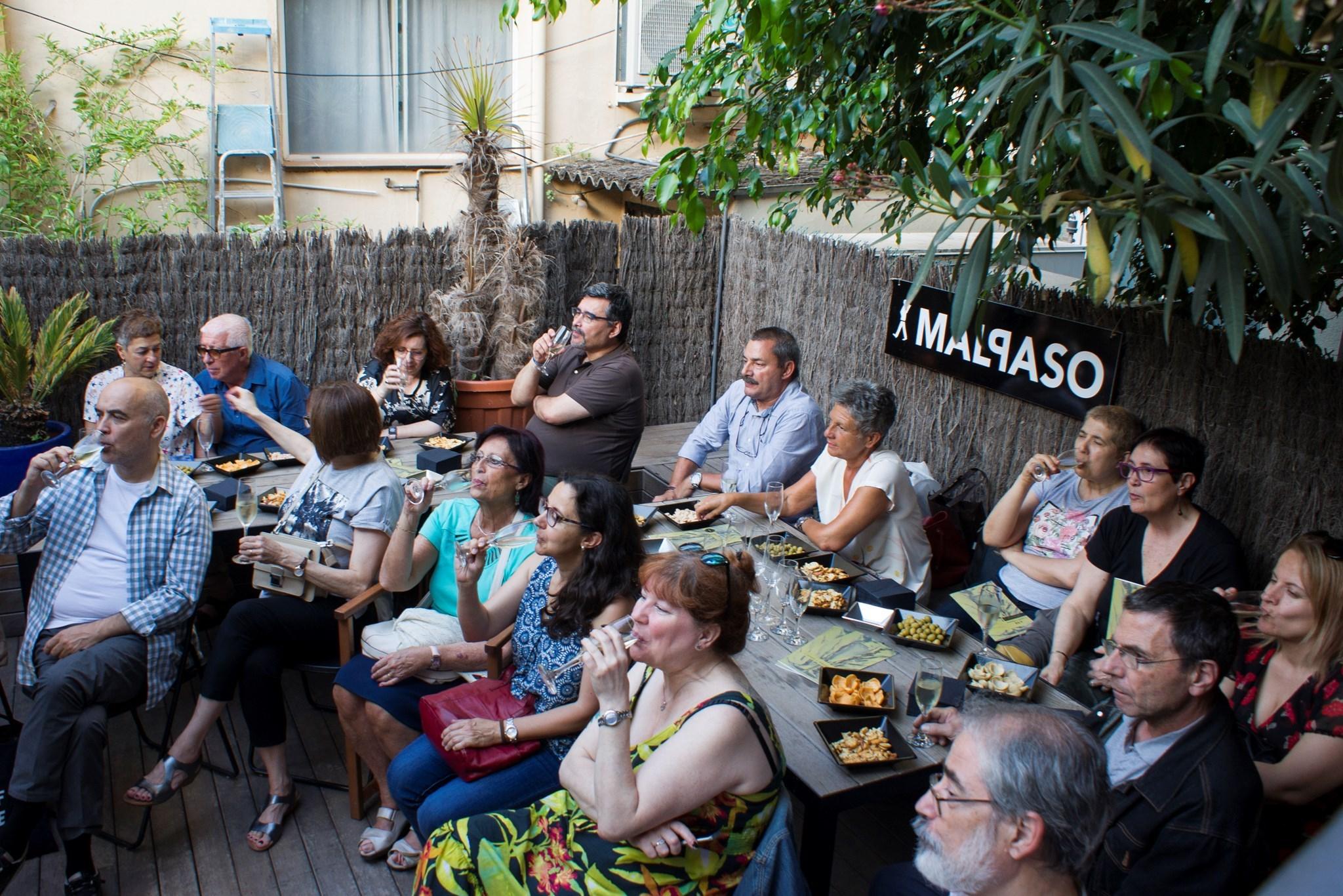 Trobada amb Jordi C. Martín, autor d''El cava. Un vino feliz y mediterráneo'