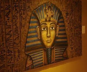 'Tutankhamon, història d'un descobriment' al Museu Egipci de Barcelona. Fins al 21 de juny.