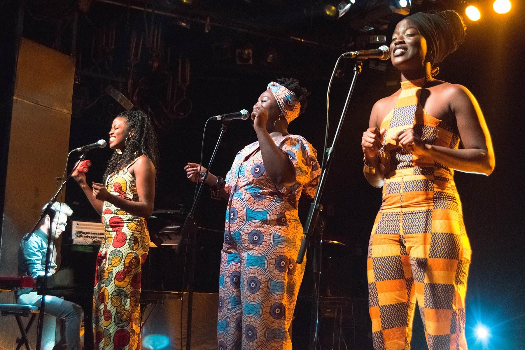 Concert de Nadal del TR3SC amb The Sey Sisters