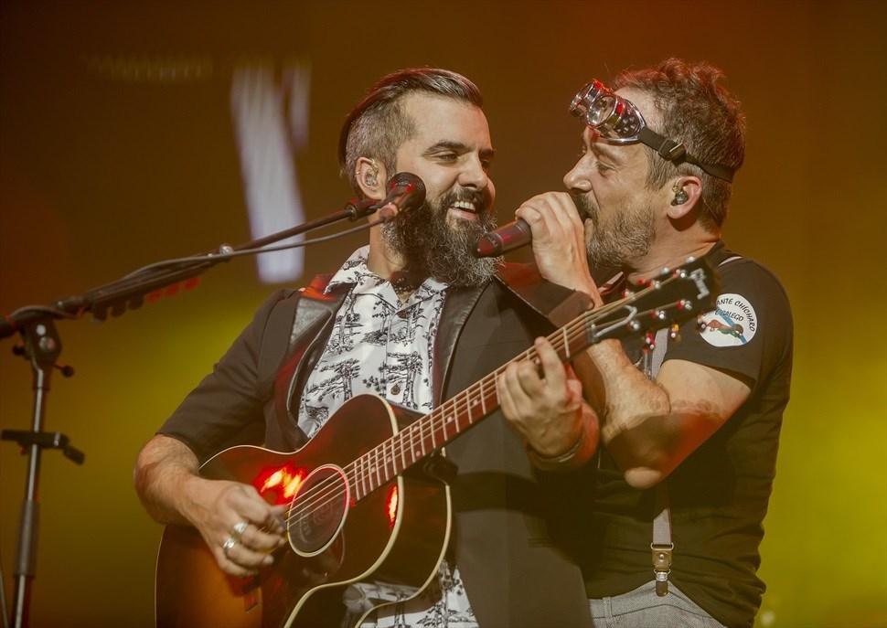 Santi Balmes, Julián Saldarriaga i Dani Ferrer de Love of Lesbian · Tempo Sota les Estrelles