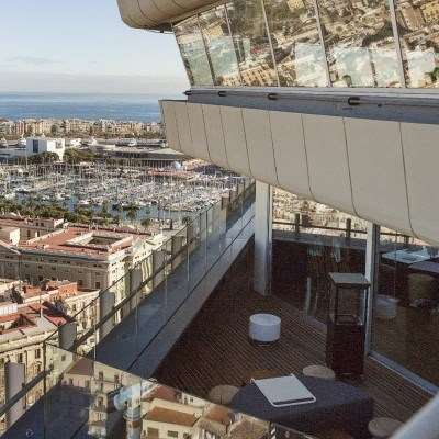 De la terra a les altures, el Restaurant Marea Alta a la torre Colón · Open Kitchen