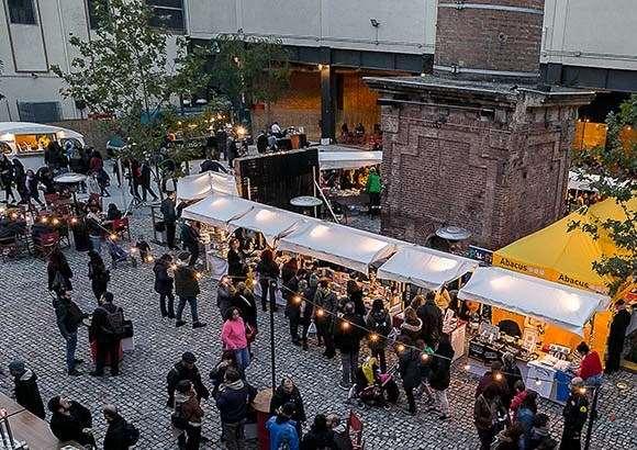 Descobreix el mercat del Sant Jordi de Nadal!