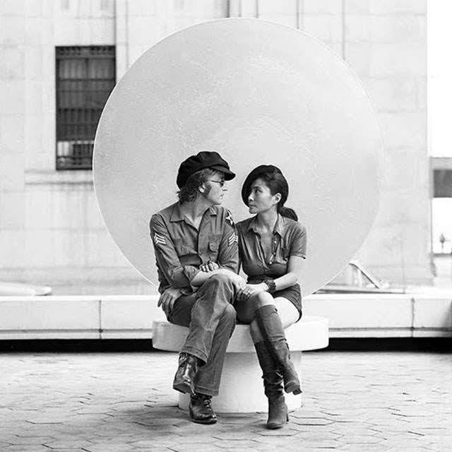 'John Lennon And Yoko Ono : Above Us Only Sky'