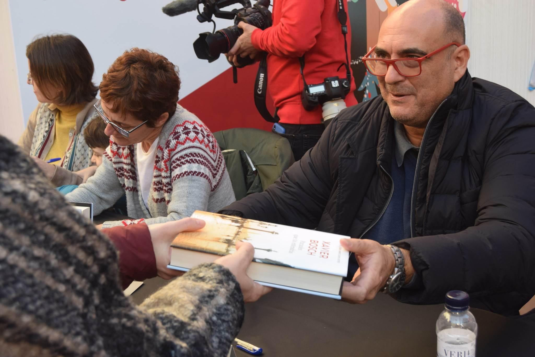 Signatura de libres amb Xavier Bosch