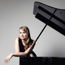 Katharina Treutler, piano