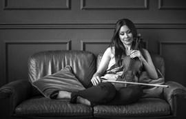 FOSTER: LA POLONESA DE TXAIKOVSKI Arabella Steinbacher al violí