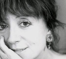 Recital Guillermina Motta, UNA BRUIXA ENTRE NOSALTRES